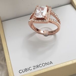 Cubic zirconia Rose Gold Ring NEW